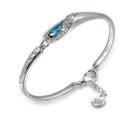 Qianse Bangle Bracelet Made With Blue Swarovski Crystal